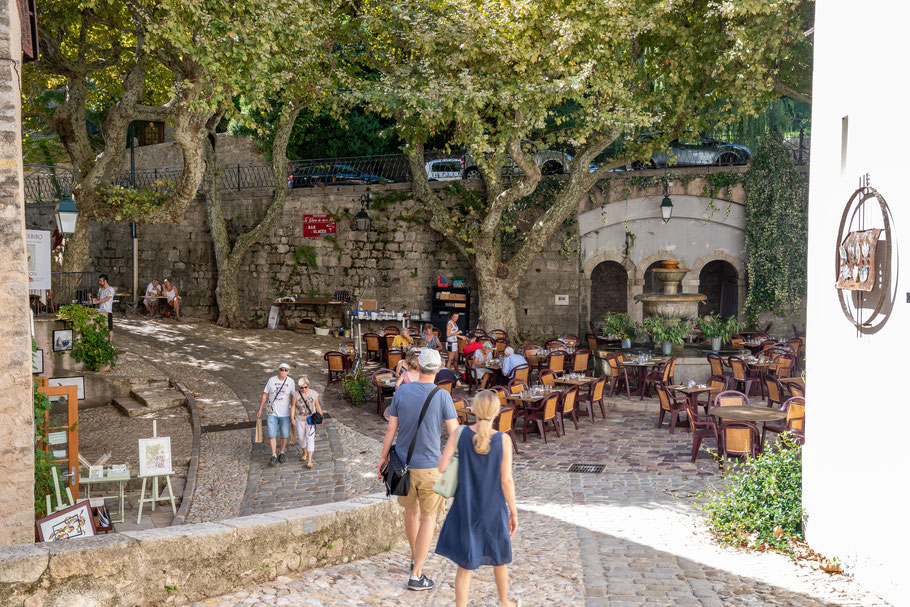 Bild: Place Thouron in Seillans