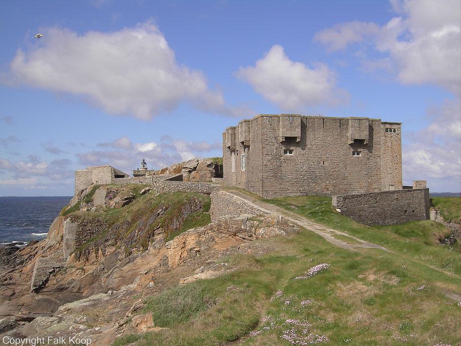 Bild: Fort de Kermorvan und dem Phare de Kermorvan bei Le Conquet