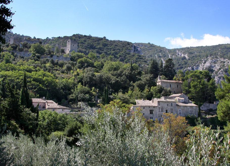 Bild: Blick auf Oppéde-le-Vieux