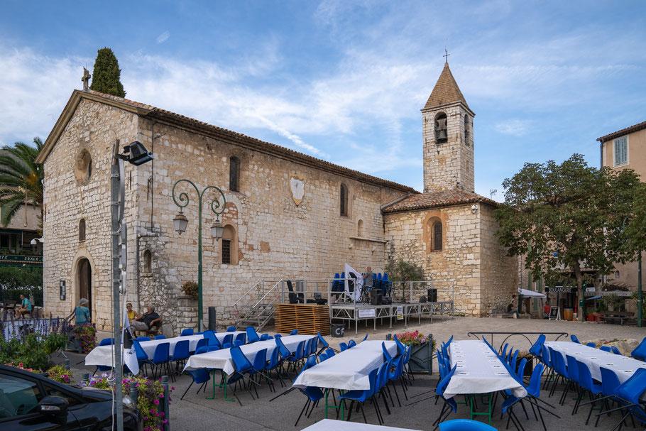 Bild: Tourrettes-sur-Loup mit Église Saint-Grégoire im Département Alpes Maritimes