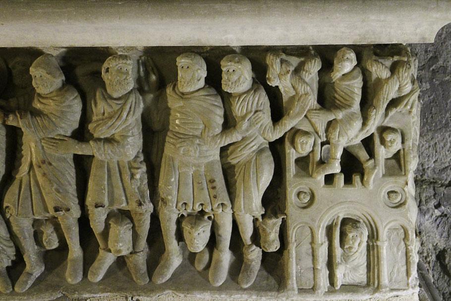 Bild: Gefangennahme des Heiligen Saturninus auf dem Sarkophag in Saint-Hilaire