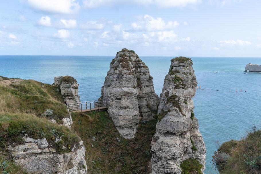 Bild: Felsenküste Étretat, Eingang zur Chambre des Demoiselles