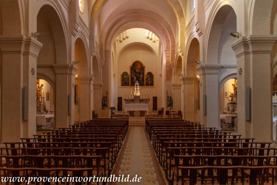 Bild: Allauch im Innern der Eglise Saint-Sébastien