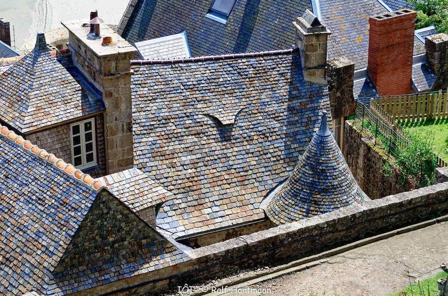 Bild:  Blick auf Dächer von Mont-Saint-Michel
