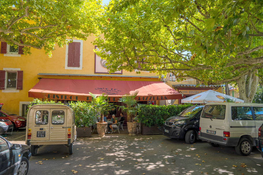 Bild: Cafe Leo in Malemort-du-Comtat