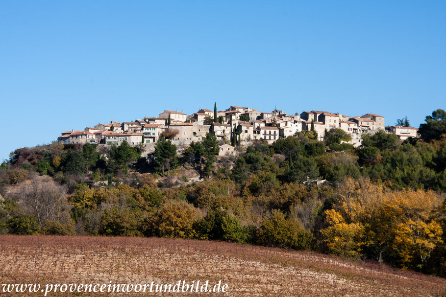 Bild: Blick auf Grambois im Luberon, Vaucluse, Provence
