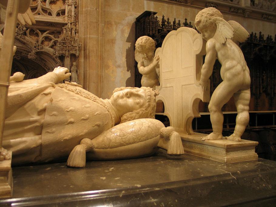 Bild: Grabmal Philibert von Savoyen in der Monastére de Brou in Bourg-en-Bresse