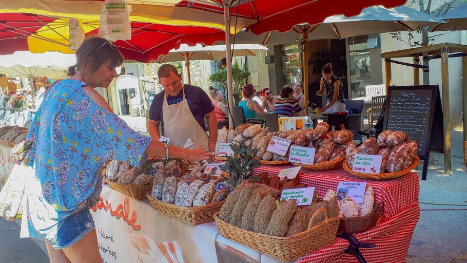 Bild: Markttag in Eygalières