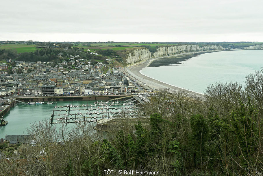 Bild: Blick auf Fécamp und die Alabasterküste mit Yport