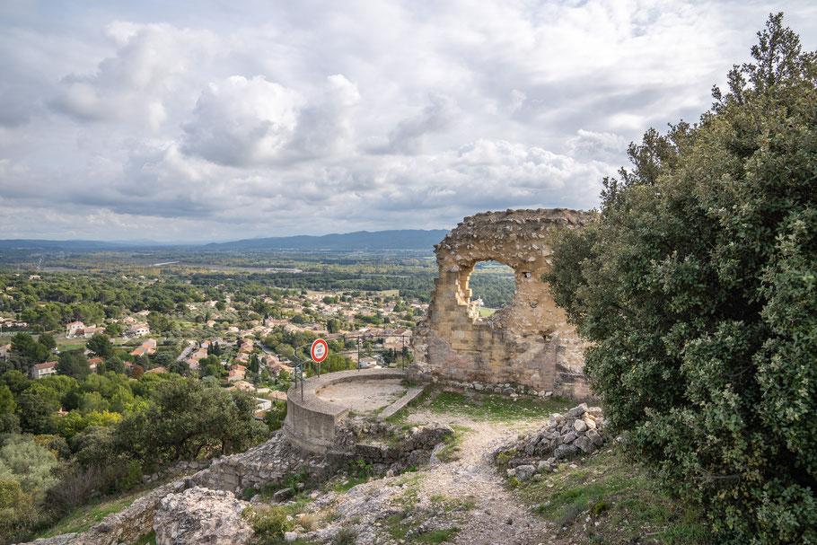 Bild: Blick auf Mérindol im Luberon