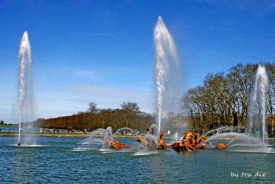 Bild: Château de Versailles mit Schlossgarten und Bassin d´Apollon
