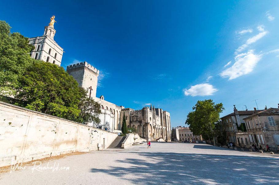 Bild: Avignon mit Papstpalast