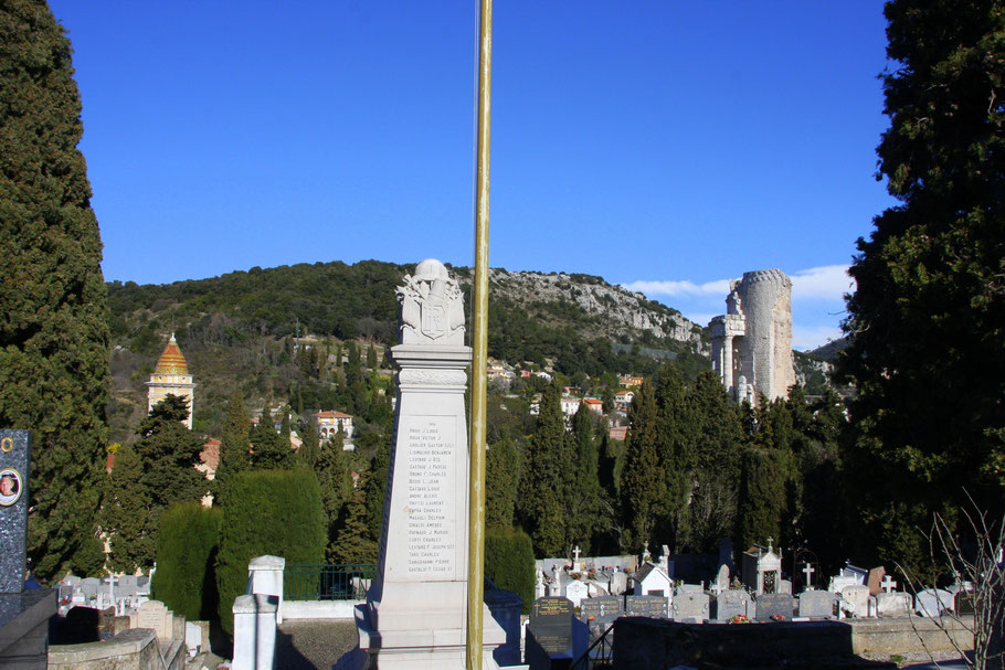 Bild: Blick vom Friedhof auf La Turbie