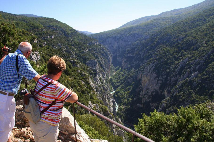 Bild: Gorges du Verdon auch Grand Canyon du Verdun genannt von der Aussichstelle Belvedere de Mayreste