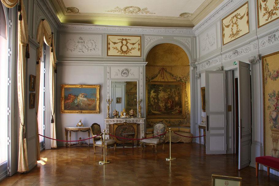 Bild: Villa Île-de-France, heute Musée Ephrussi de Rothschild, hier Salon Louis XV