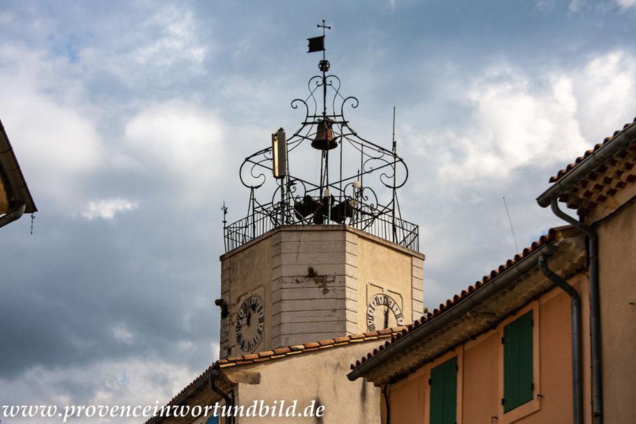 Bild: Caderousse im Vaucluse, Glockenturm des Hôtel de Ville