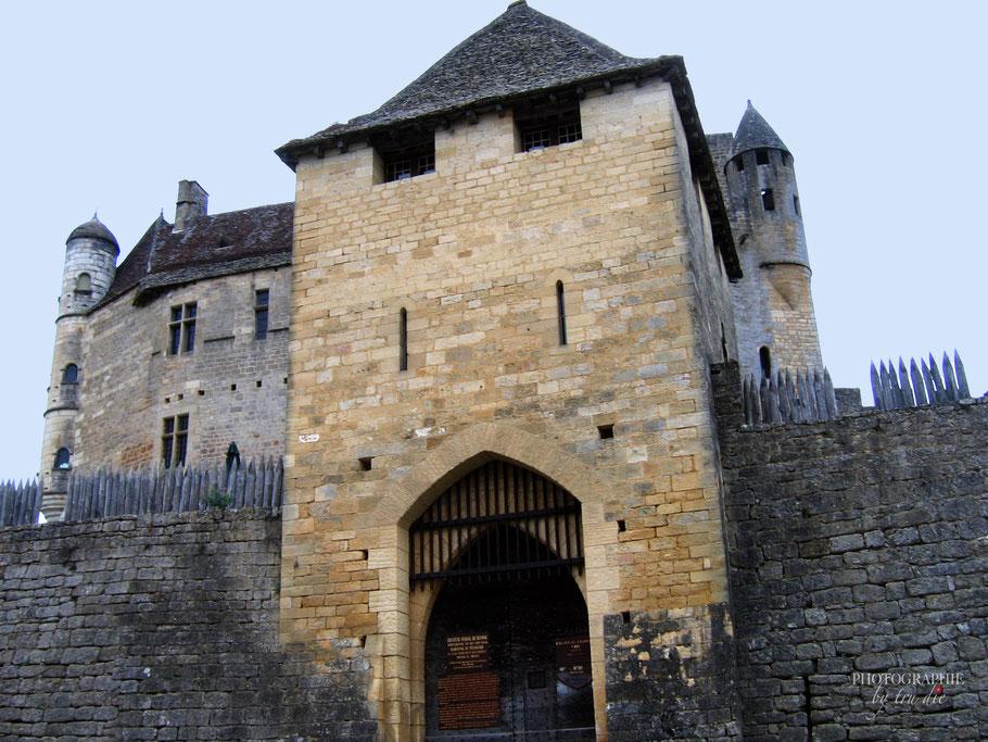 Bild: Beynac-et-Cazenac in der Dordogne