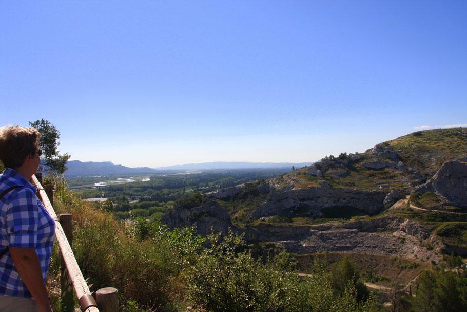 Bild: Blick von Orgon in die Alpilles und das Durancetal