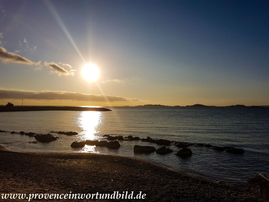 Bild: Abendstimmung am Strand von Marseille