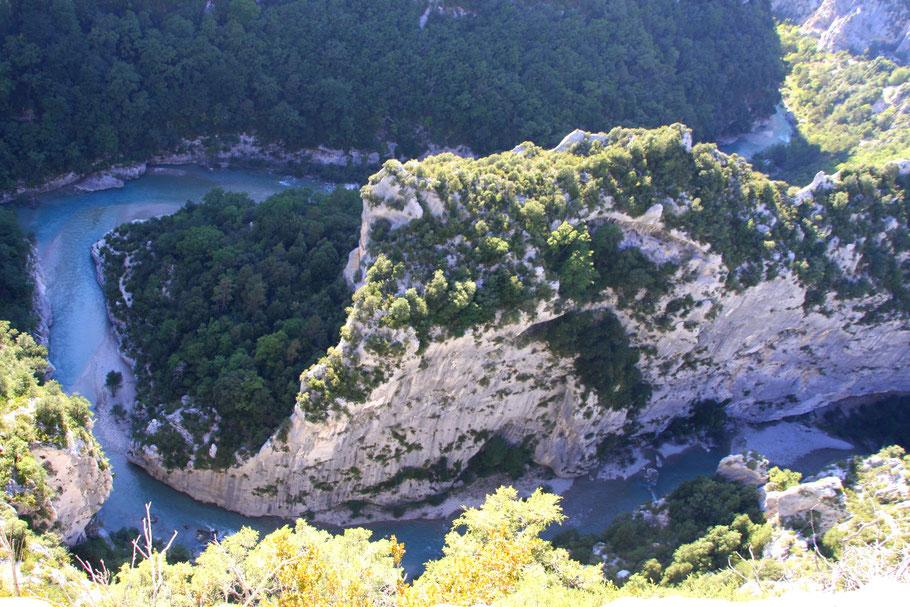 Bild: Blick auf die Mescla in den Gorges du Verdon mit den Flüssen Verdon und Artuby