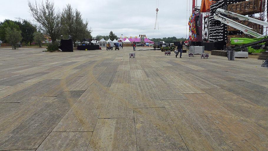 Vloer, Festival vloer, Festivalvloer, Houten vloer, vlonders, vloerplanken, vlondervloer, vloerdelen