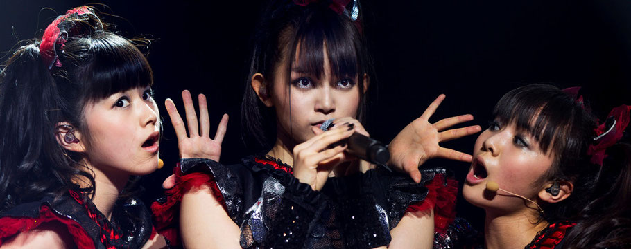 BABYMETAL Premieres Gimme Chocolate Live on Billboard - Unofficial ...