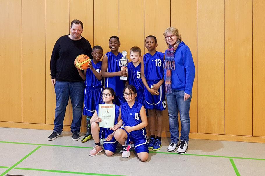 Mannschaftsfoto der Grundschule Forster Linde bei der Stadtmeisterschaft