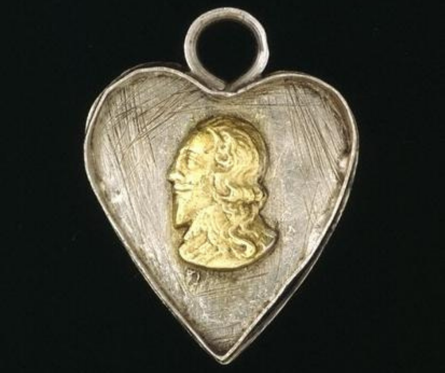 A late 17th-century locket, depicting the head of King Charles I