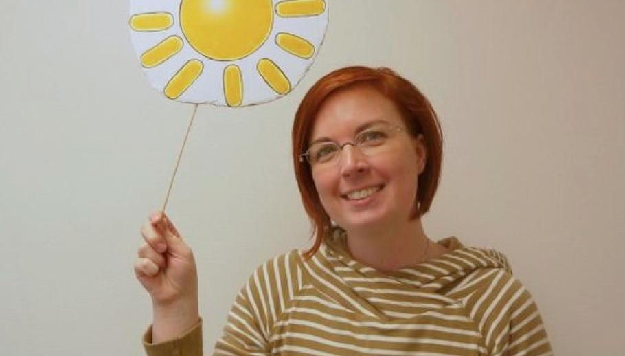 Quickborns Gleichstellungsbeauftragte Hannah Gleisner wünscht sich, dass auch für Scheidungskinder die Sonne scheint.