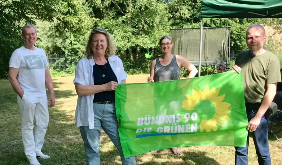 Bilden den neuen Grünen-Vorstand: Paul Drossard, Anke Thomsen, Pamela Masou und Marco Kupsky (v.l.)