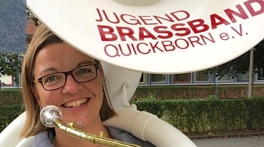 Svenja würde sich über MitspielerInnen bei der Jugend Brass Band freuen (Foto.Holger Henke)
