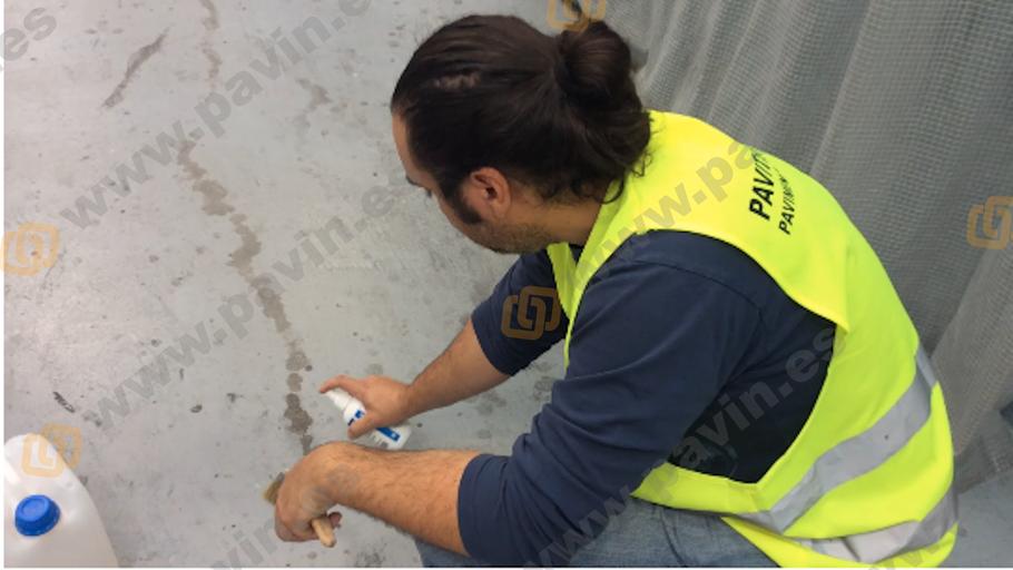 Demo limpieza industrial de suelos y pavimentos industriales de resinas aplicados por Grupo Pavin