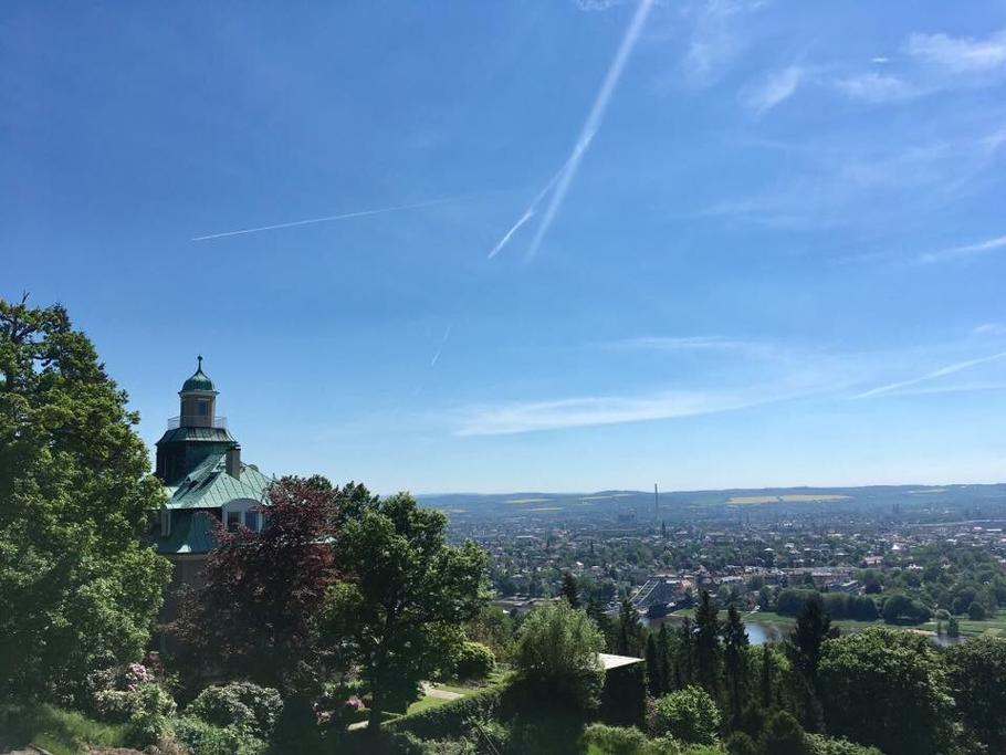 Ausblick aus meinem Behandlungsraum auf die wunderschöne Landeshauptstadt Dresden.