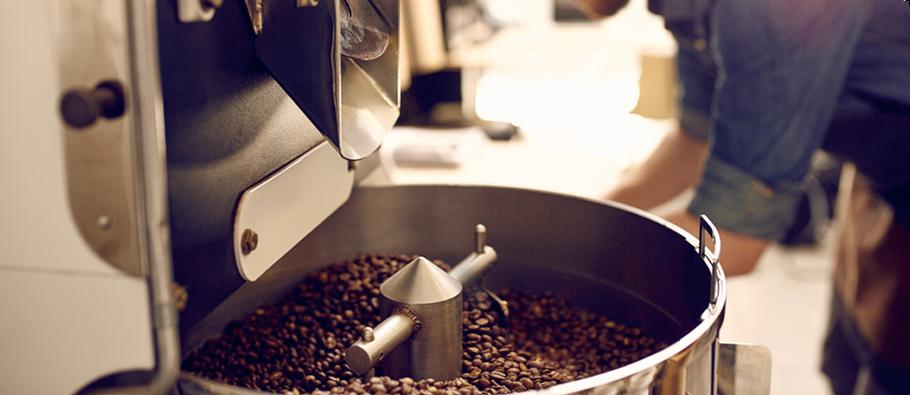 Martin Hülsmann kommt als interims Kaffeeröster zu Ihnen ins Haus