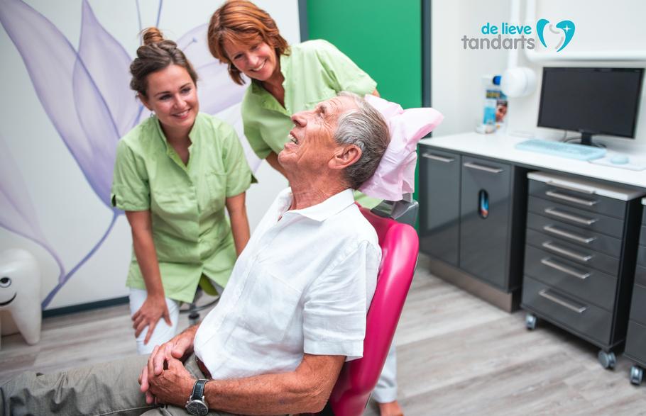 Petitie van De Lieve Tandarts: Preventieve mondzorg en essentiële tandheelkundige behandelingen moeten in de Basisverzekering