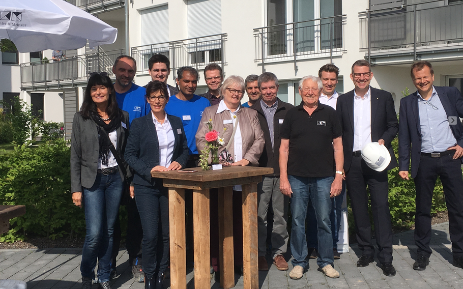 Beim Spatenstich zum Baubeginn im Luisengarten Eggenstein im Mai 2018