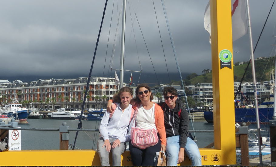 myMXbag loves to travel! Here with Frank, Sabine and Michelle in Capetown, South Africa. Foto: Leon Hamerslag