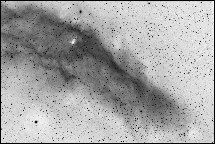 NGC 1499 - Kalifornien-Nebel - California-Nebula - invertierte Aufnahme MeixnerObservatorium