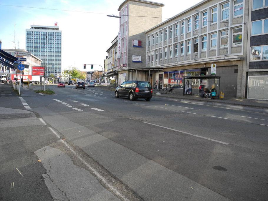 Kurz vor dem Kreuzungsbereich Römerstraße (26.10.2012)