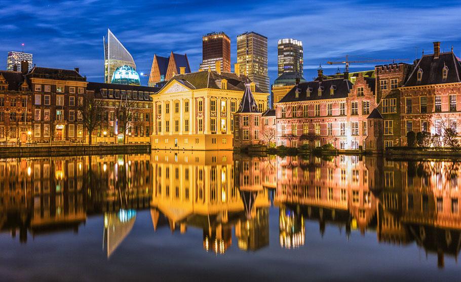 Hofvijver Den Haag ©JurjenVeerman