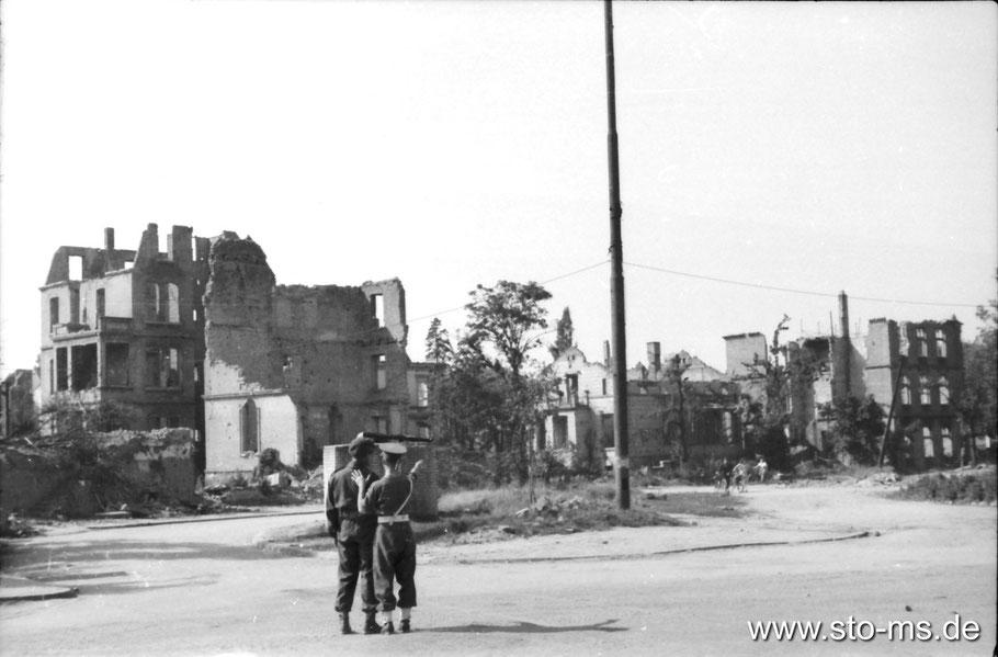 Ludgeriplatz Sommer 1945 - Fotograf Carl Pohlschmidt ULB