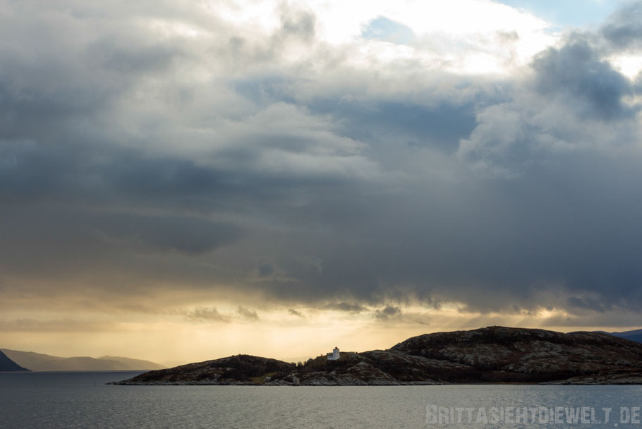 Agdenes,Fyr,Leuchtfeuer,Hurtigruten,Norwegen,ms,Midnatsol, Postschiff,Winter,November,Tipps