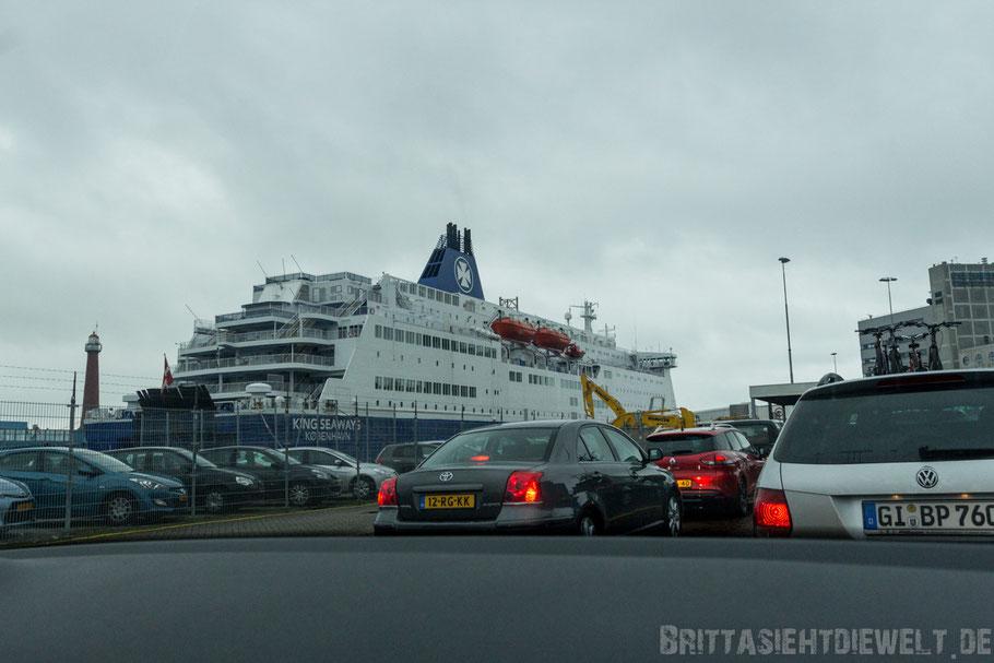 IJmuiden,Niederlande,Holland,DSDF,seaways,Fähre,einchecken