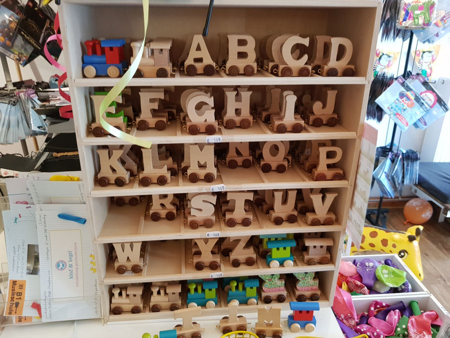 Holzbuchstabe Holzlok. Wir h eine aben auch kleine Buchstaben  für