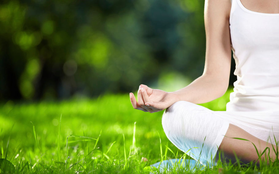 achtsames Yoga, Weg zur Einheit von Körper, Geist und Seele erleben