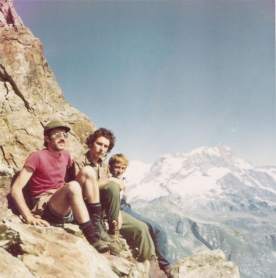 1970 - CORNO BIANCO - 3.320 m.s.l.m. - Da sinistra: io, mio fratello Paolo, Edoardo