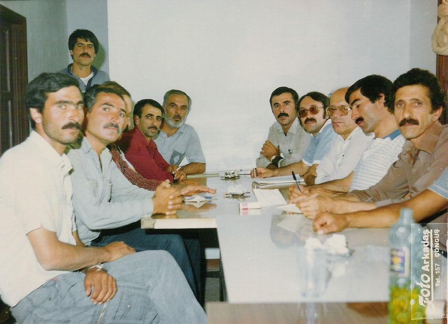 1985 - Karakaya - Turquía - Reunión con los sindicatos