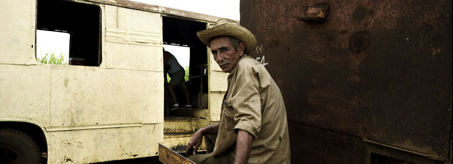 Cubanischer Bauer in Aquada de Pasajeros als Panorama-Photographie