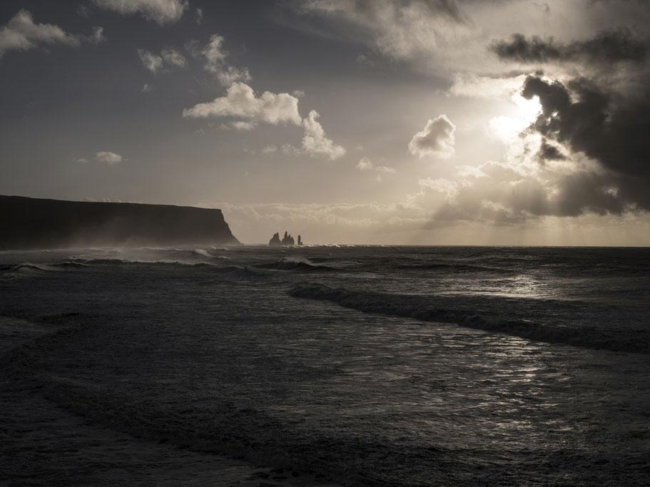 Landschaftsaufnahme bei Vik als Farb-Photographie, Island/Iceland