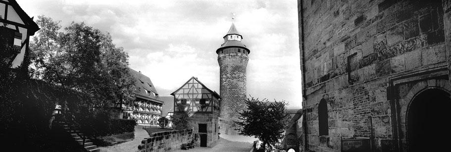 Nürnberg Burg in schwarz-weiß als Panorama-Photographie